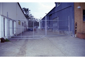 Chainwire-Security-Fence-3