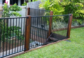 Aly fence onTimber post