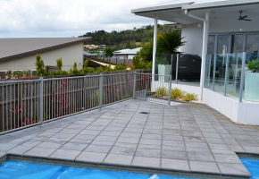 Flat top pool Fence Silver