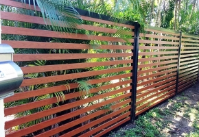 Knotwood fence (2)