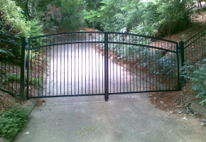 Arched D Gate Flat Top