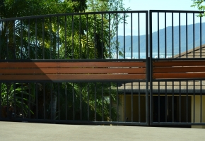 Double Swing Arched Gate