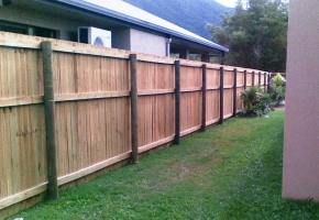 Timber Fence Battern Top