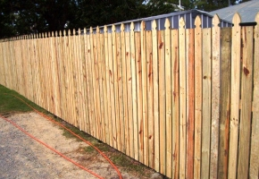Timber Fence Colonial& Flat Top